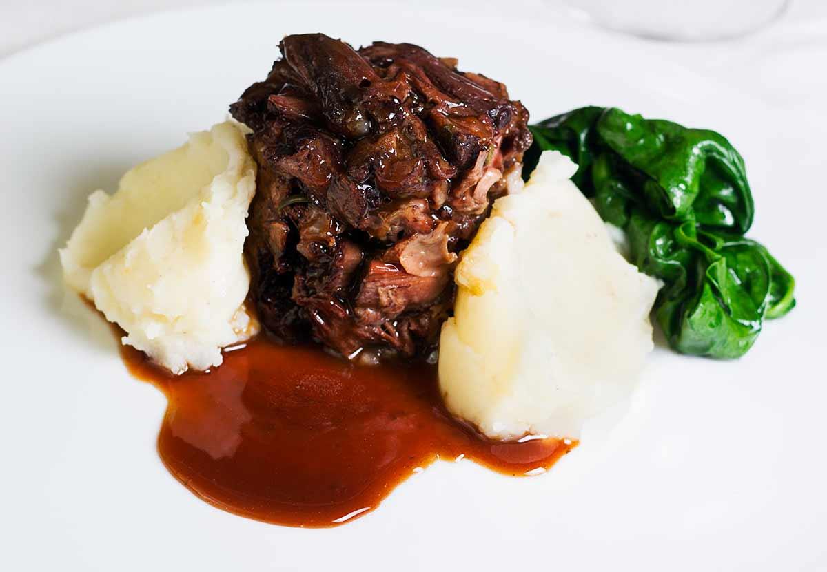 Rabo de toro buey vaca o ternera receta la cocina de - Cocinar rabo de ternera ...