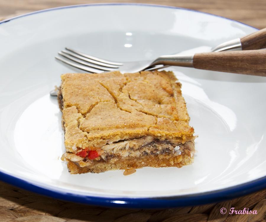 Empanada de ma z y xoubas sardinillas cocina gallega for Cocinar xoubas