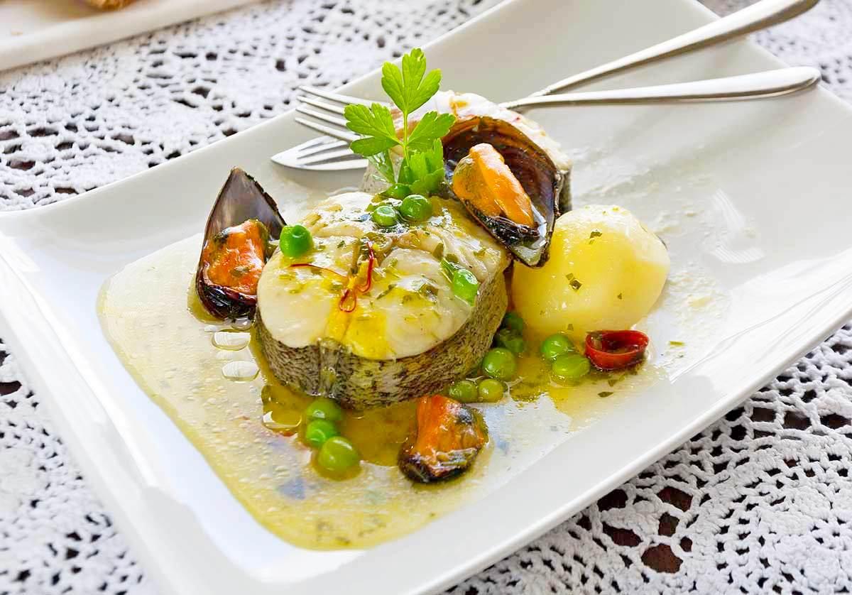 Merluza del pincho con mejillones en salsa verde la cocina de frabisa la cocina de frabisa - Cocinar merluza en salsa ...