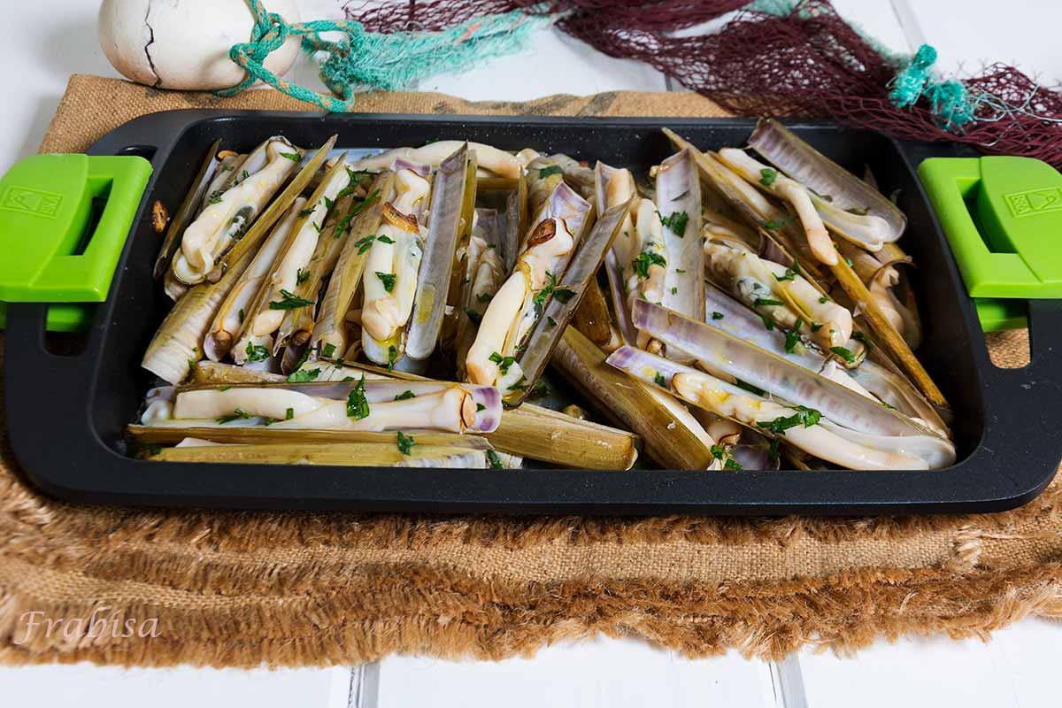 navajas a la plancha da costa da morte cocina gallega