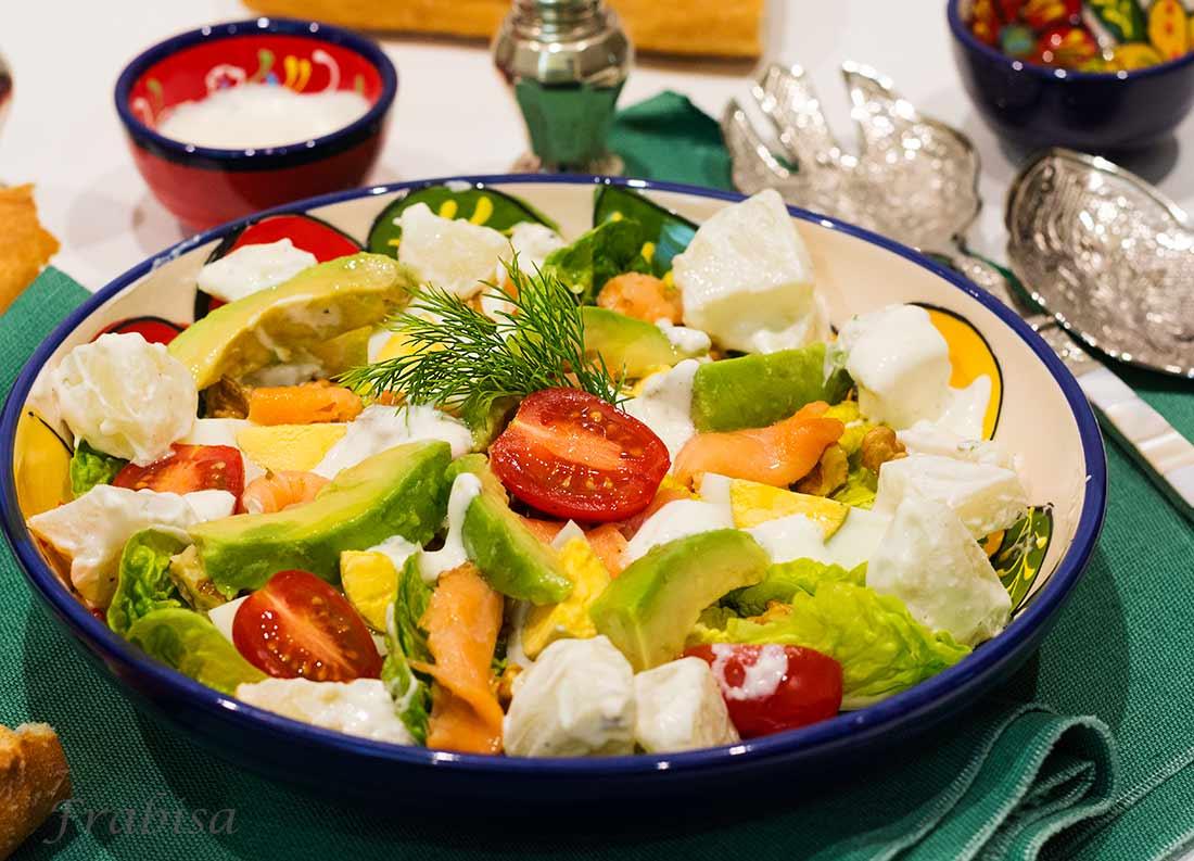 Ensalada con patatas y salm n receta f cil la cocina de frabisa la cocina de frabisa - Ensalada con salmon y aguacate ...