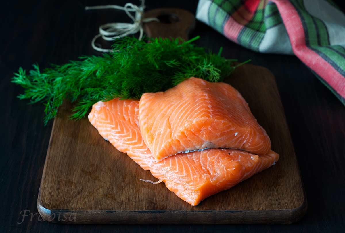 salmon-marinado-gravlax-remolacha