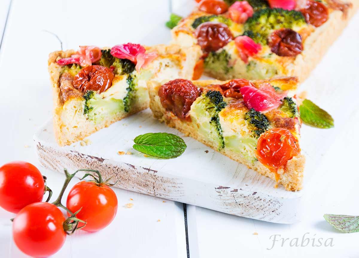 quiche-brocoli-tomates, cherrys, salmon