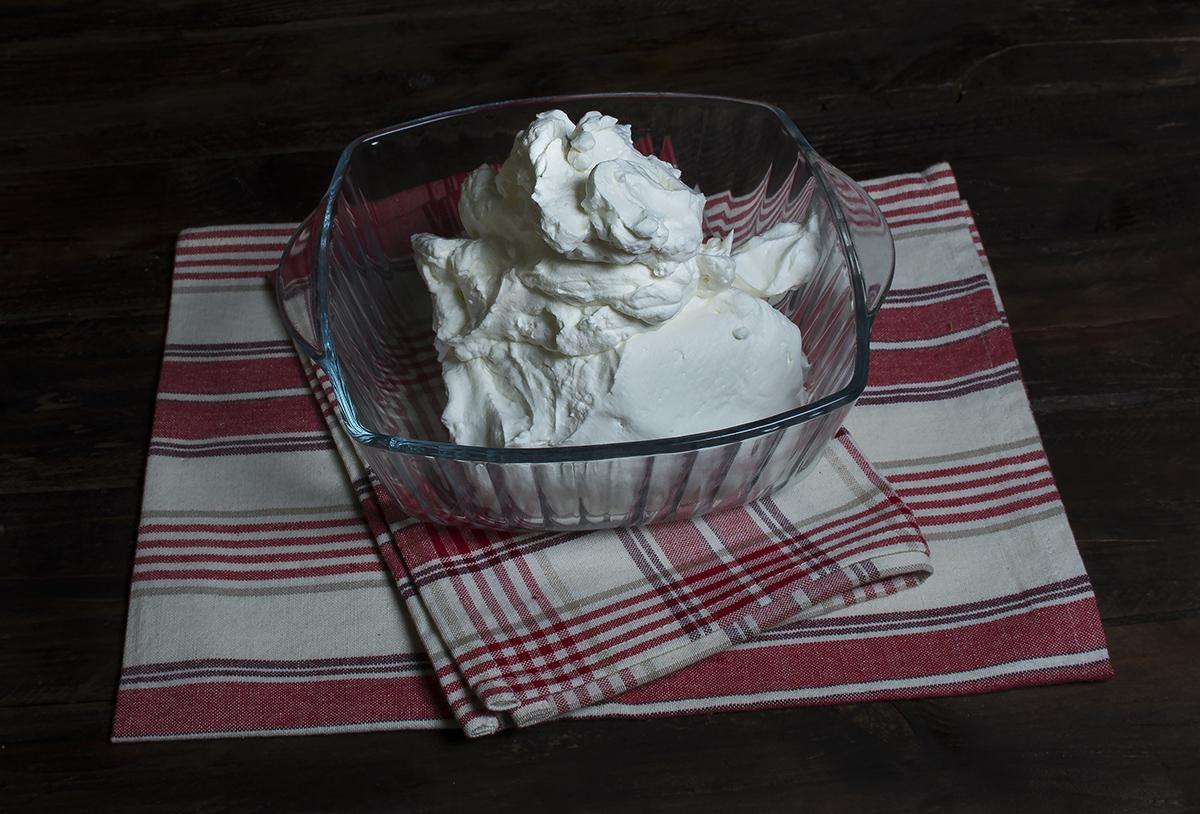 Como montar nata crema de leche para reposter a trucos - Como hacer nata para cocinar ...