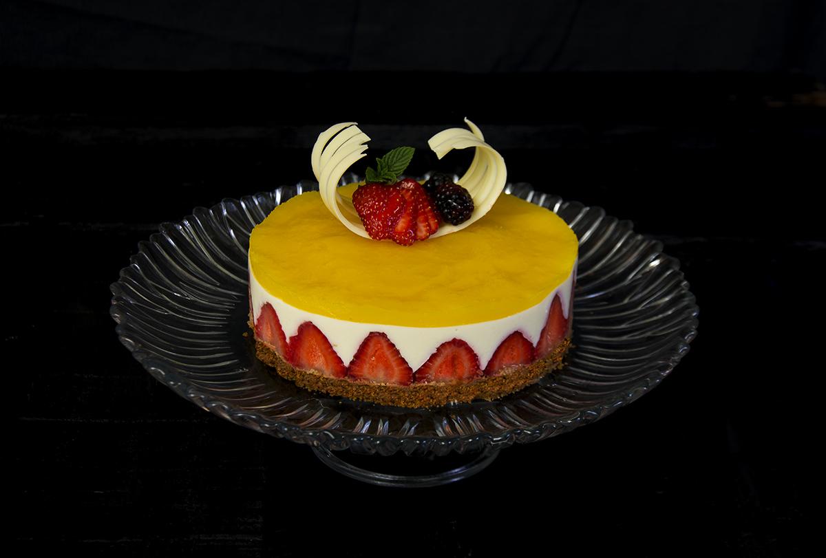 Baño Chocolate Blanco Para Tartas:Tarta de chocolate blanco, mango y fresas – La Cocina de Frabisa La