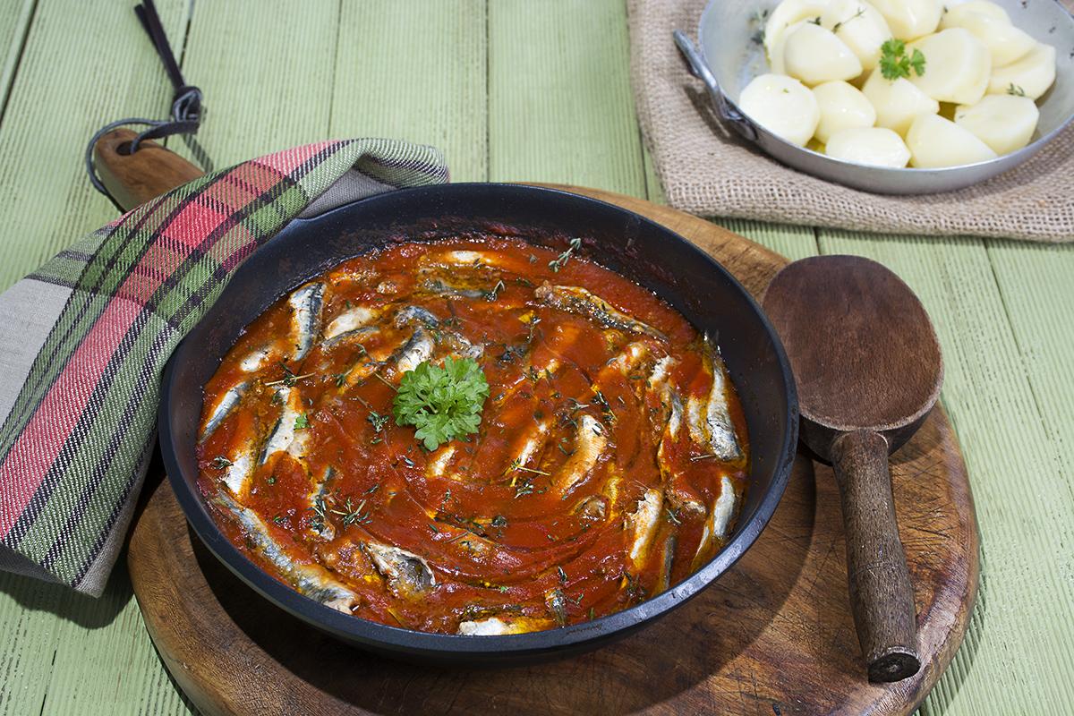 Xoubas parrochitas sardinillas afogadas ahogadas receta for Cocinar xoubas