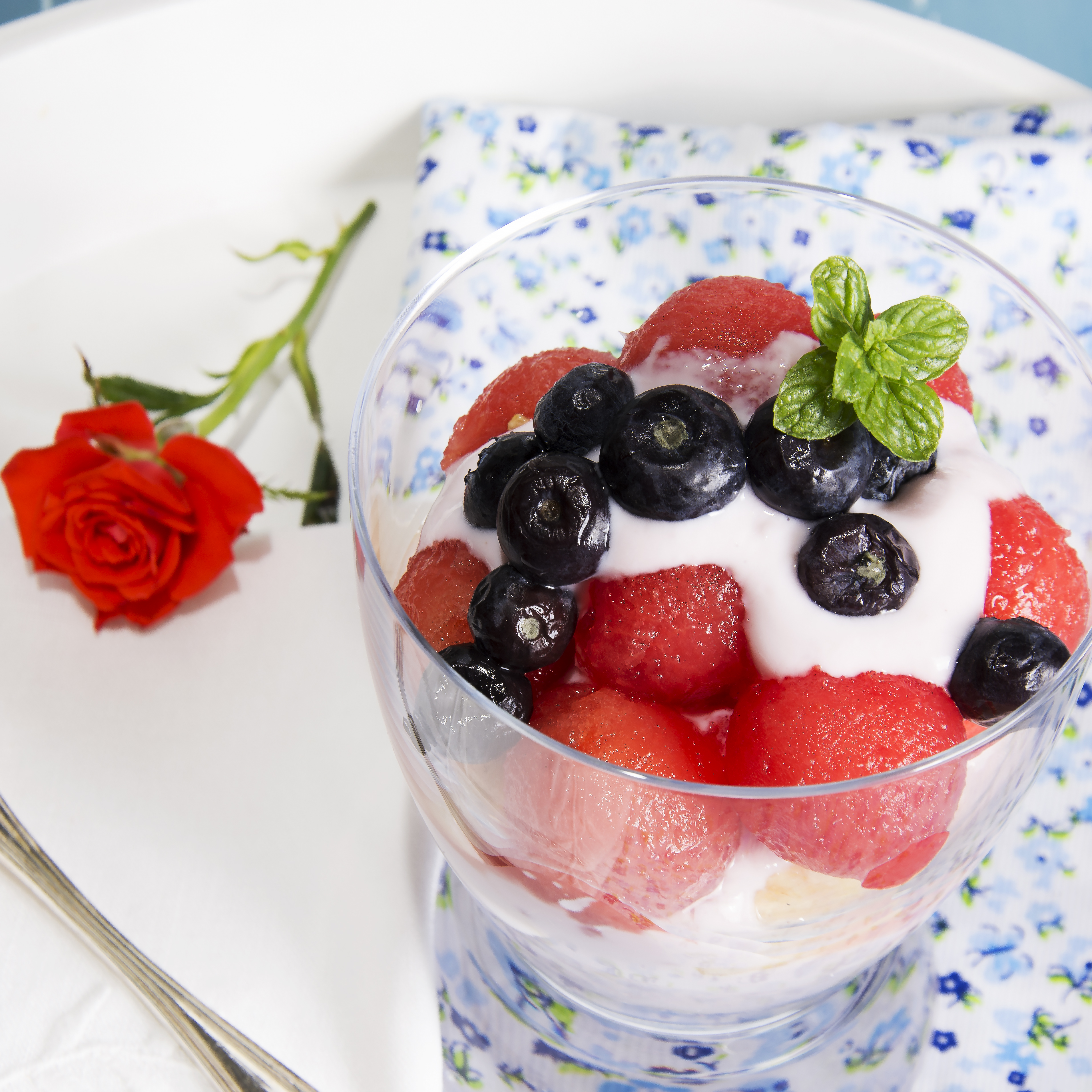 postre de fruta y yogur baja en calorías1