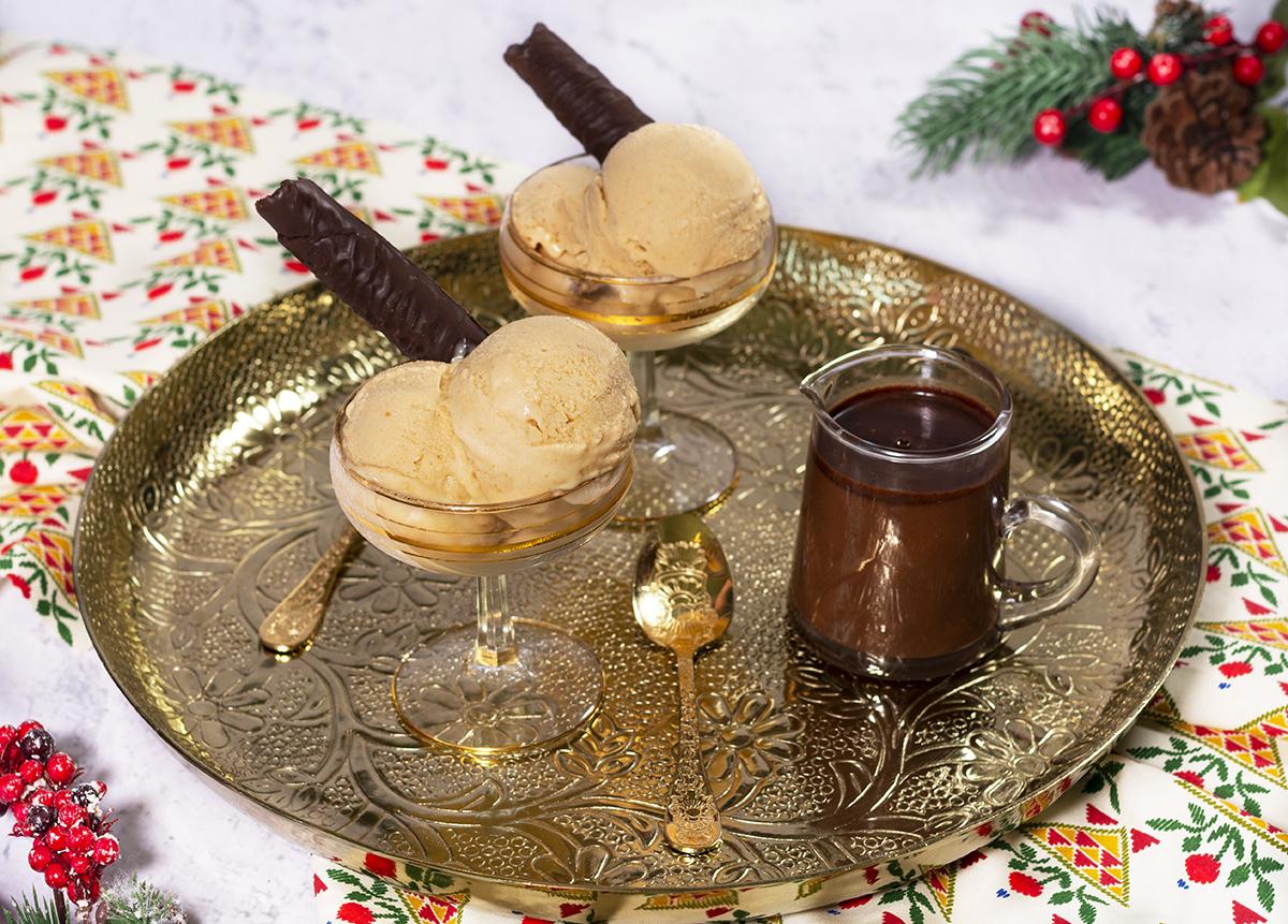 Helado De Turron Con Salsa De Chocolate La Cocina De Frabisa La Cocina De Frabisa